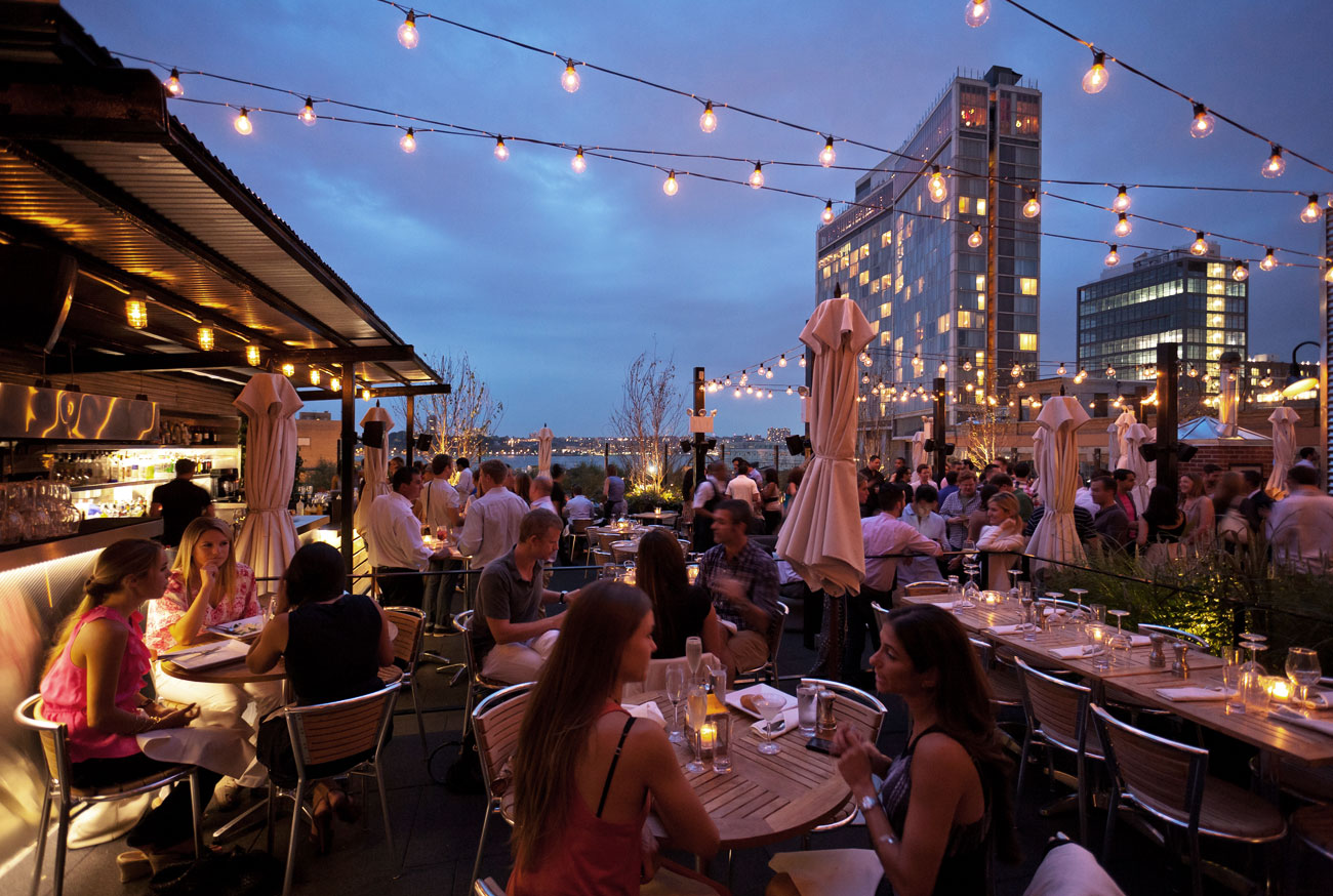 Stk rooftop the one group for Top of the rock new york restaurant